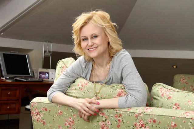 Мудрый совет Дарьи Донцовой о том, как быстро выйти из депрессии